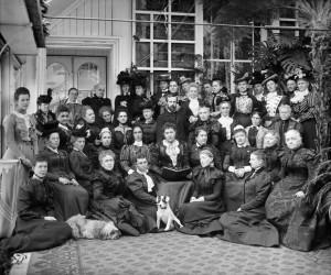 Des représentantes du NCWC, Rideau Hall, Ottawa, 1898. Source : Topley studio/Bibliothèque et Archives Canada, PA-028033